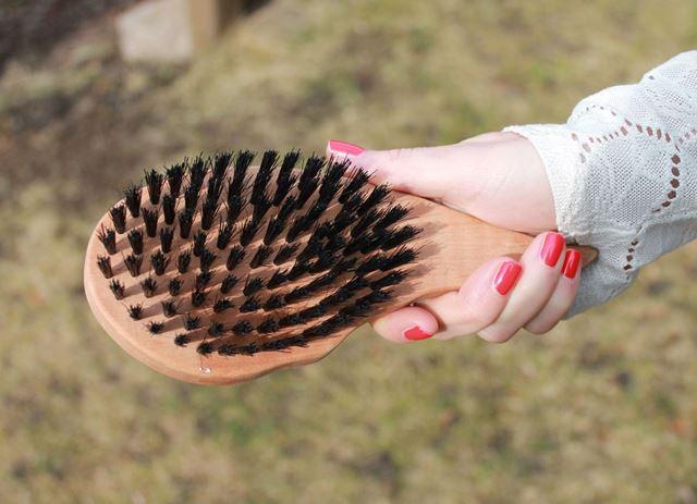 Wildschweinborstenbürsten Haarbürsten Vorteile
